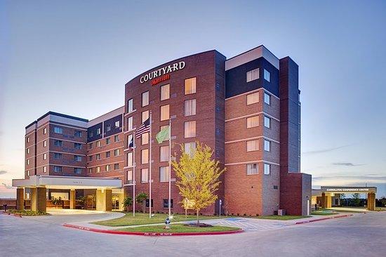 Courtyard Dallas Carrollton and Carrollton Conference Center