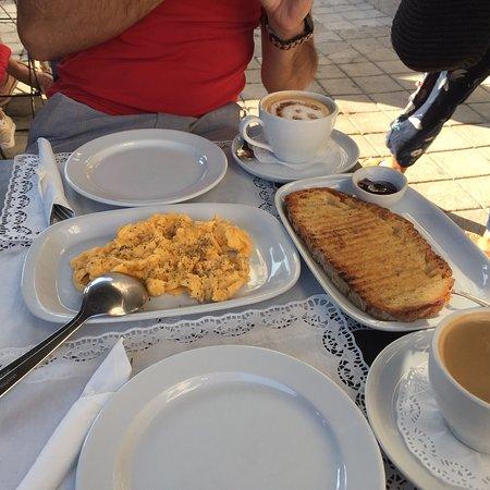 Desayuno maravilloso!!
