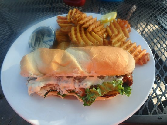 Ortonville, Миннесота: walleye sandwich