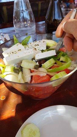 Diakofti, Grecja: Порция греческого салата
