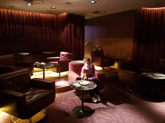 No1 Lounge: Only ones in the cinema area!