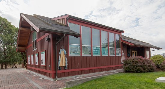 Anacortes Maritime Heritage Center and W T Preston