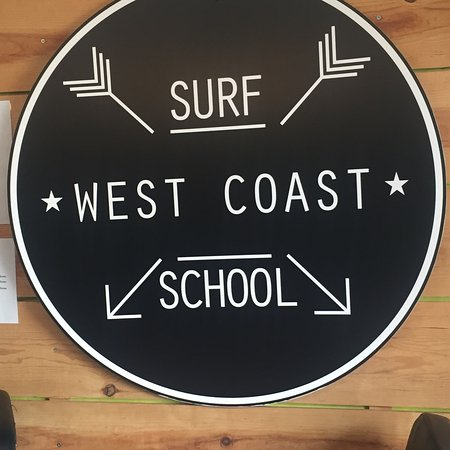‪West Coast Surf School‬