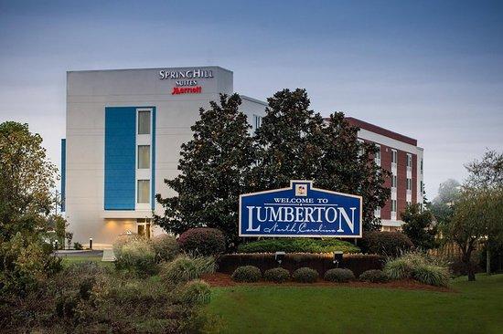 Lumberton, NC: Exterior