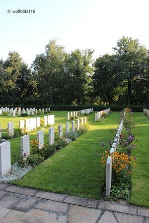 Cmentarz Wojenny Wspolnoty Brytyjskiej