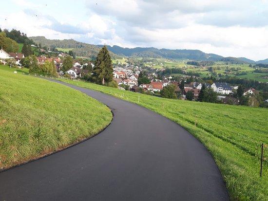 Hinwil, سويسرا: IMG-20180915-WA0003_large.jpg