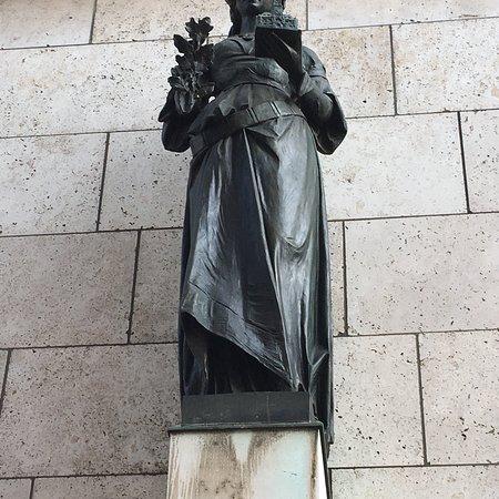 Statue der Stuttgardia
