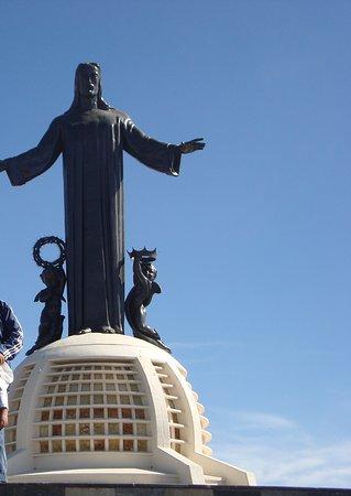 vista del cristo en el cerro del cubilete