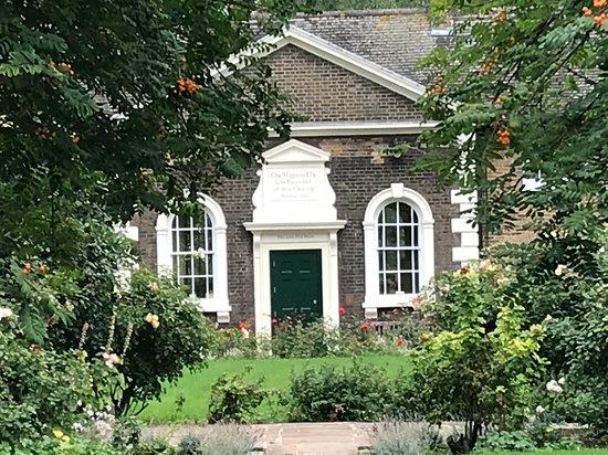 Hopton's Almshouses