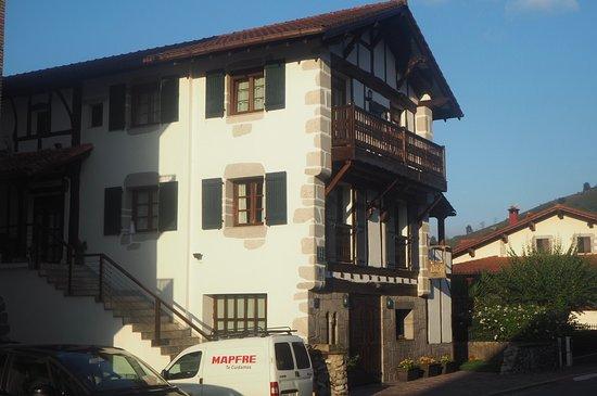 Lesaka, Spain: Fachada principal