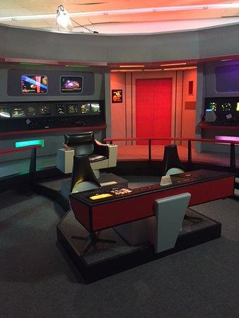 Star Trek Original Series Set Tour: Enterprise bridge