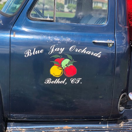 Blue Jay Orchards: photo1.jpg