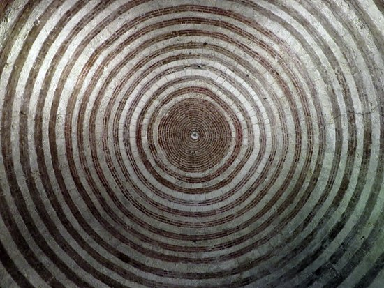 Eremo di Montesiepi: i cerchi concentrici della cupola