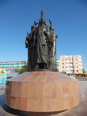Kyzylorda, Kazakhstan: heroes of the land monument 1