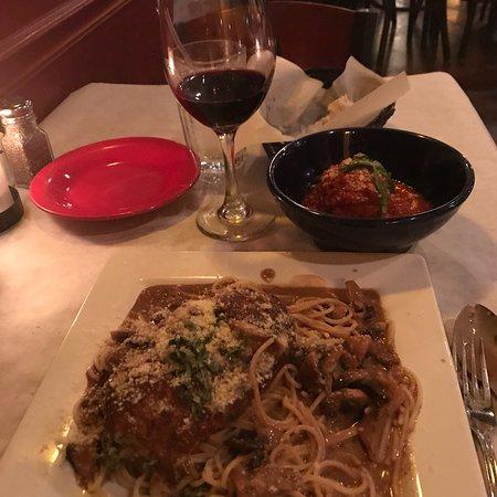 IL Pomodoro Italian Restaurant: photo3.jpg