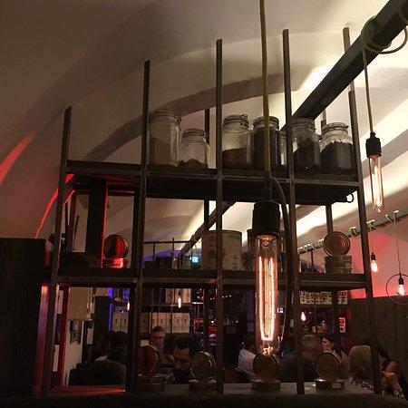 Paul 39 s kuche bar linz restaurant reviews phone for Kuche restaurant
