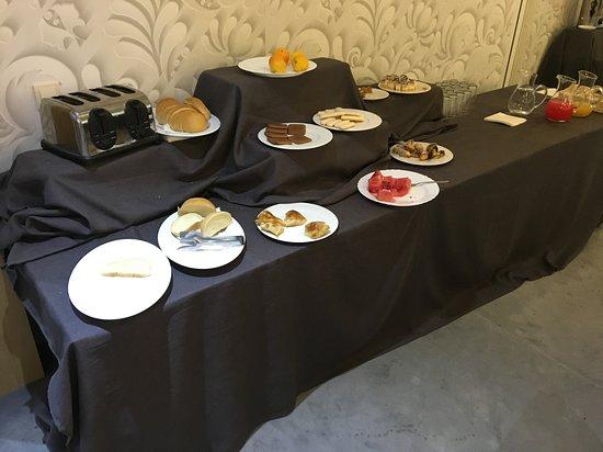 Rilski Manastir, بلغاريا: Luxury Breakfast Buffet 45 minutes before end of breakfast period