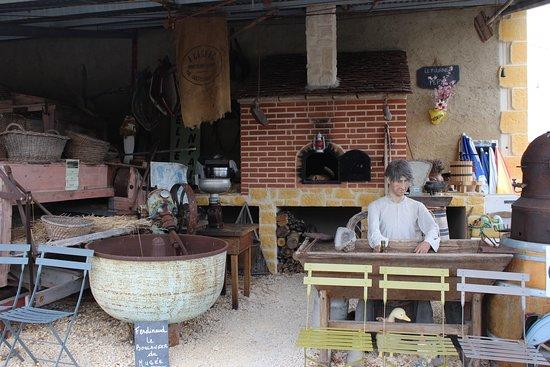 Salviac, France: Les métiers d'antan