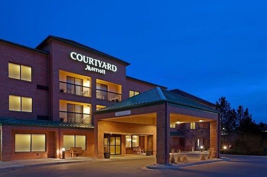 Courtyard Boulder Louisville