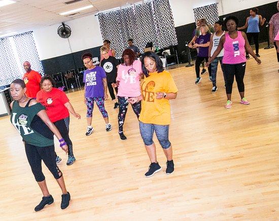 410 Line Dancers