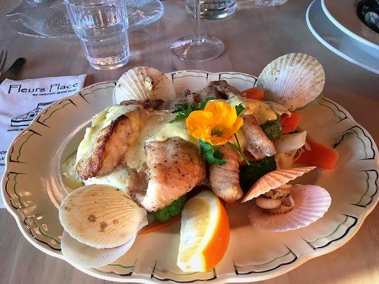 FLEURS PLACE, Moeraki - Restaurant Reviews, Photos & Phone Number -  Tripadvisor