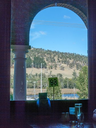 Port Huon, Австралия: Lovely views to the water
