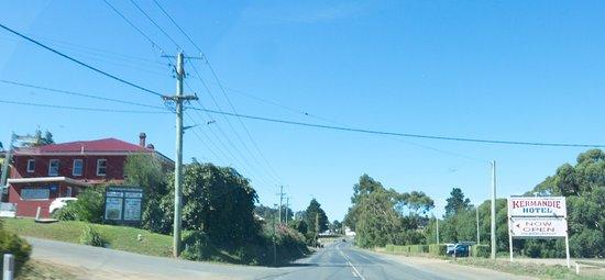 Port Huon, Australië: The Kermandie Hotel