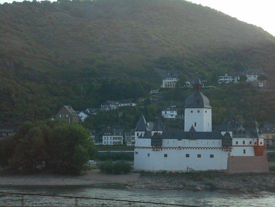 Kaub, Germany: ライン川沿いの城
