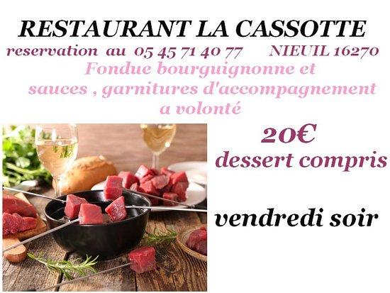 Nieuil, France: FONDUE BOURGUIGNONE  ..RESTAURANT 16270