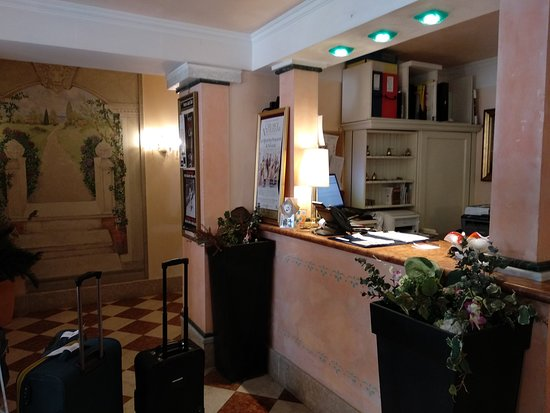 Pantalon Hotel Photo