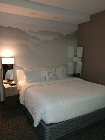 Loved the decor and wall mural
