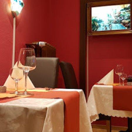 Clarens, Switzerland: Petit coin romantique !!!