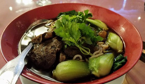 Franklin Square, NY: Other than having rice, we also had some Braised beef soup noodles with Shanghai cabbage!