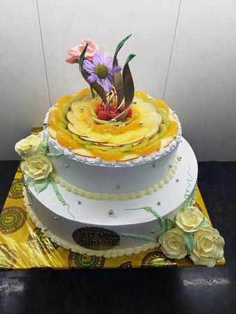 Pleasant Exotic Fruit Cake Picture Of The Dessert Box Srinagar Tripadvisor Funny Birthday Cards Online Overcheapnameinfo