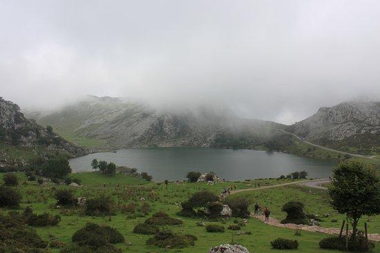 Lagos de Covadonga: Lago Enol