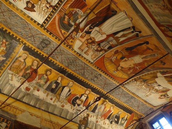 Castelmagno, Italy: plafondschilderingen in de oude kapel