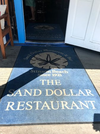 Sand Dollar Restaurant: A great place for a local bite