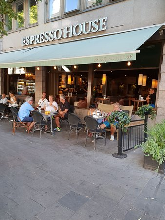 296cb8f6122f Espresso House - Drottninggatan 33-35: Espresso House - Drottninggatan