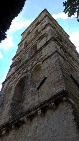 Abbazia di San Pietro in Valle: Il campanile dell'Abbazia