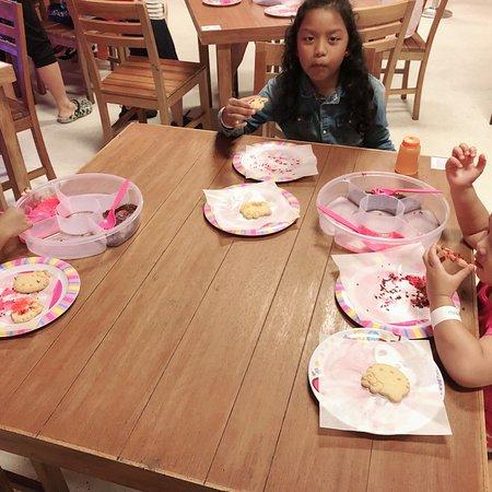 Sanrio Hello Kitty Town : photo5.jpg