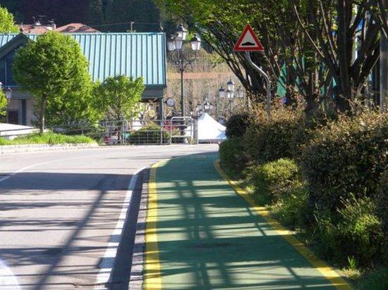 Passeggiata da Laveno a Villa Della Porta Bozzolo