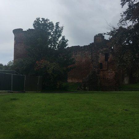 Bothwell Castle: photo0.jpg