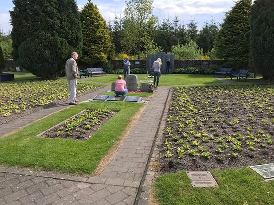Lockerbie Garden of Remembrance: Gardens