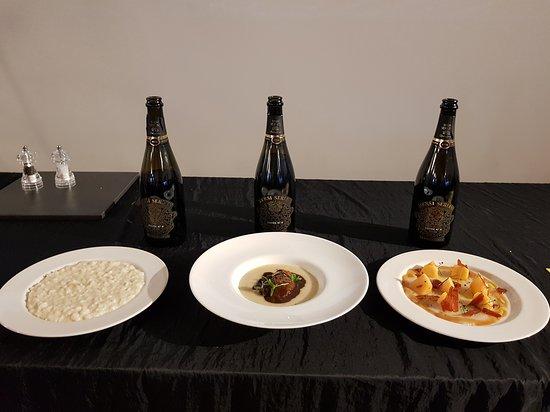 Provaglio d'Iseo, Ιταλία: Bersi Serlini Cuveè N.4 Millesimato per Chef Andrea Mainardi
