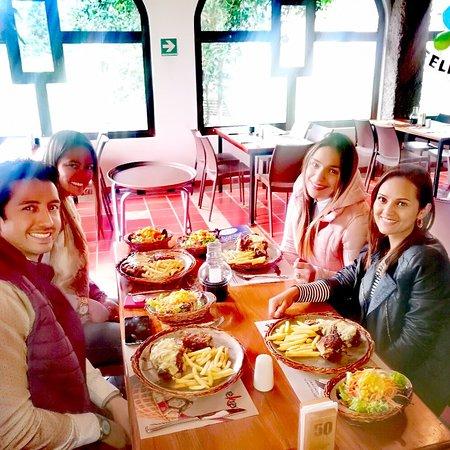 Tenjo, Colômbia: Restaurante reKreo Rico y Divertido