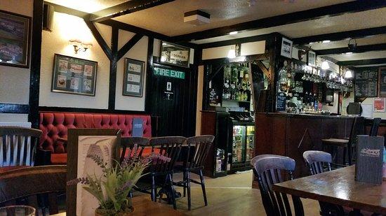 Clarencefield, UK: Pub