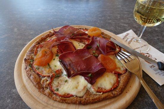 Susten, Switzerland: Walliser Pizza