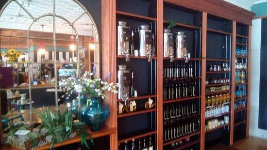 Kilmarnock, VA: Private Label Premium Olive Oil & Aged Balsamic Vinegar