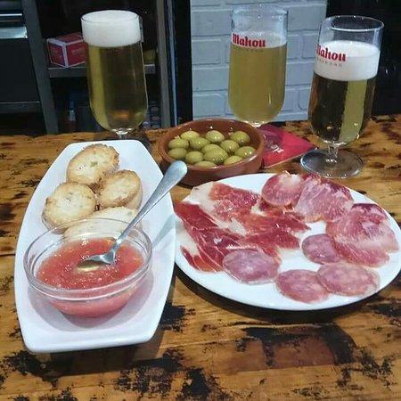 Province of Zaragoza, Spain: Buenas tapas