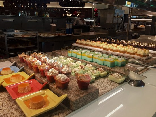 stunning presentation of desserts picture of bacchanal buffet las rh tripadvisor com